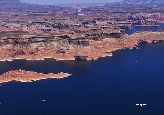 horseshoe-bend-lake-powell-adventure-tour-aereo-en-avioneta